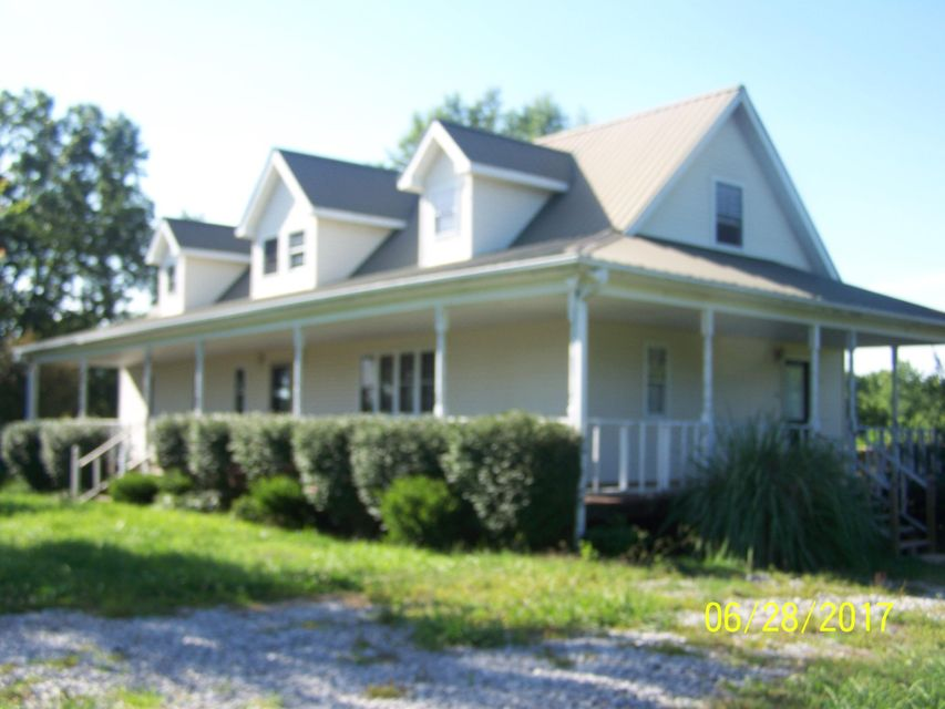 Single Family Home for Sale at 412 Rock Station Road Rock Island, Tennessee 38581 United States