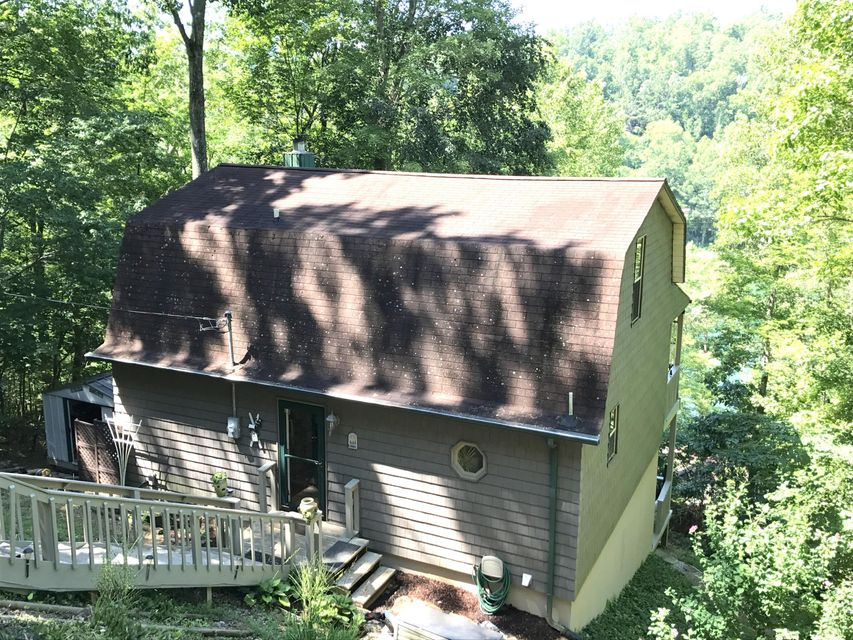 Furnished lake house for sale
