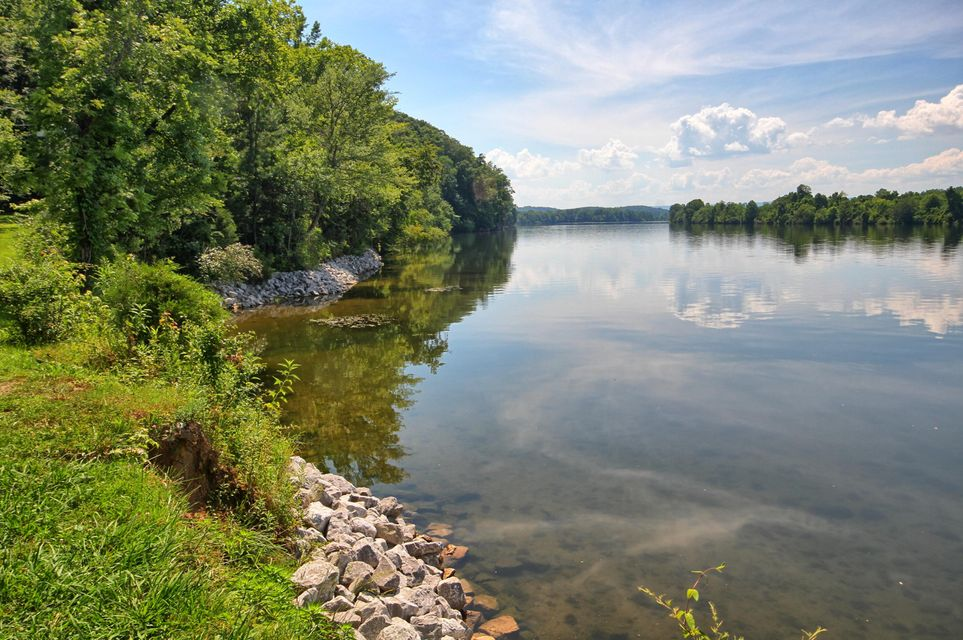 Land for Sale at 2751 Eaves Ferry Road 2751 Eaves Ferry Road Decatur, Tennessee 37322 United States