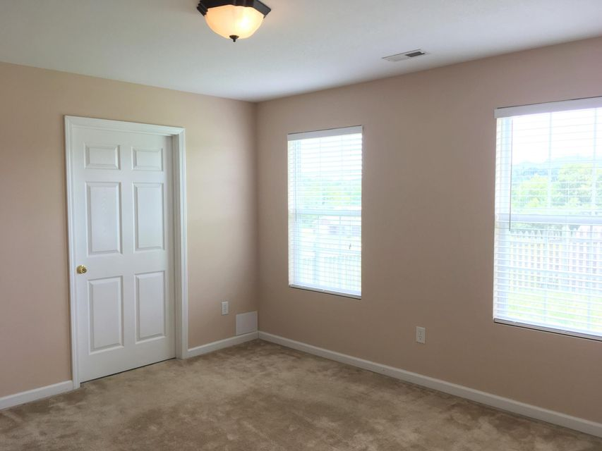 Additional photo for property listing at 5228 Sinclair Drive  Knoxville, Tennessee 37914 États-Unis