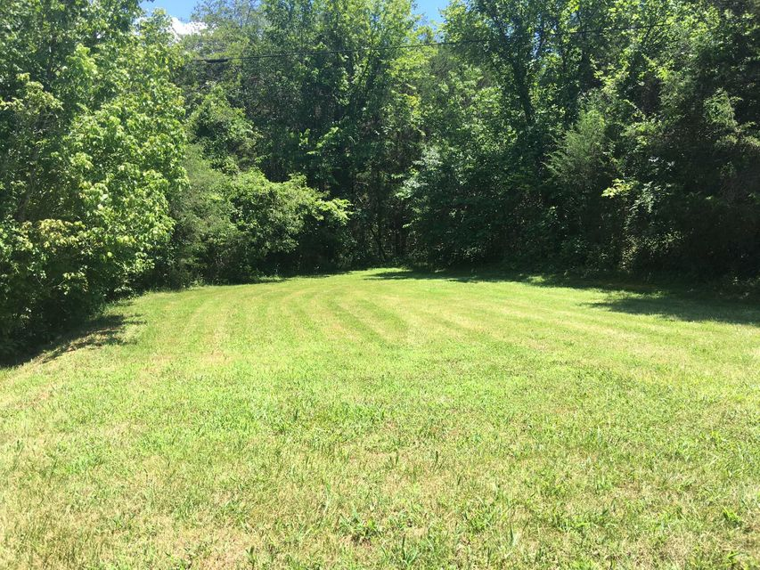 Additional photo for property listing at 3404 Dutch Valley Road 3404 Dutch Valley Road Washburn, Tennessee 37888 Estados Unidos