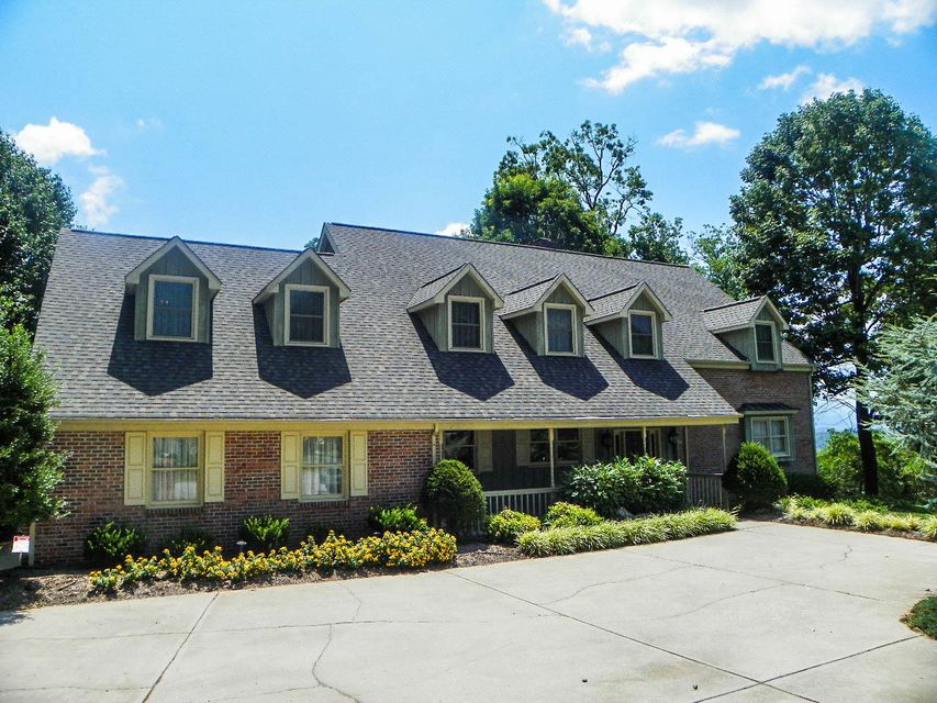 Single Family Home for Sale at 3250 Alpine Court 3250 Alpine Court Kodak, Tennessee 37764 United States