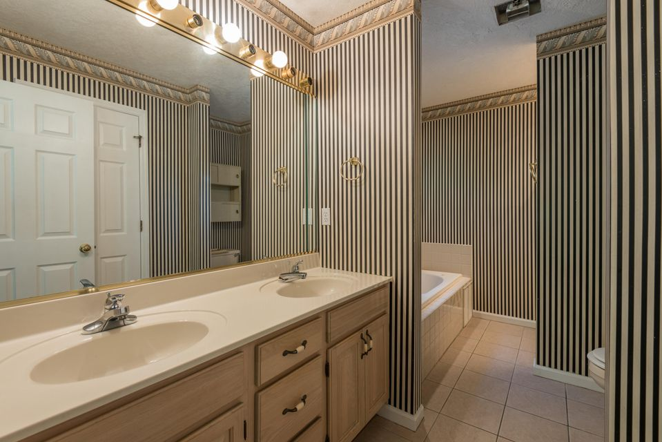 Additional photo for property listing at 2301 Belcaro Drive 2301 Belcaro Drive 诺克斯维尔, 田纳西州 37918 美国