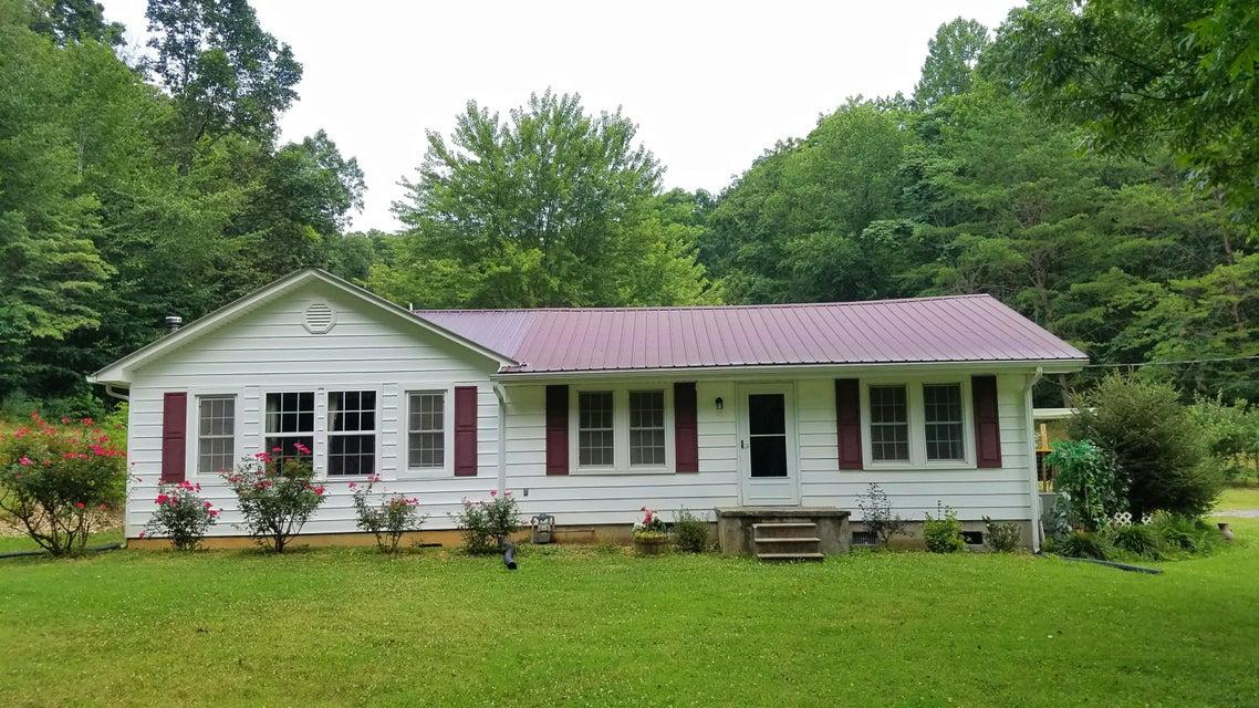 Частный односемейный дом для того Продажа на 393 Hillcrest St . Rogersville, Теннесси 37857 Соединенные Штаты