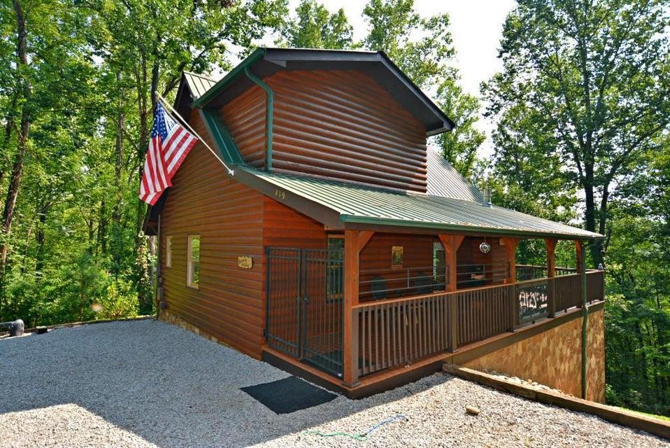 Частный односемейный дом для того Продажа на 419 Judy Top Lane 419 Judy Top Lane Sevierville, Теннесси 37876 Соединенные Штаты