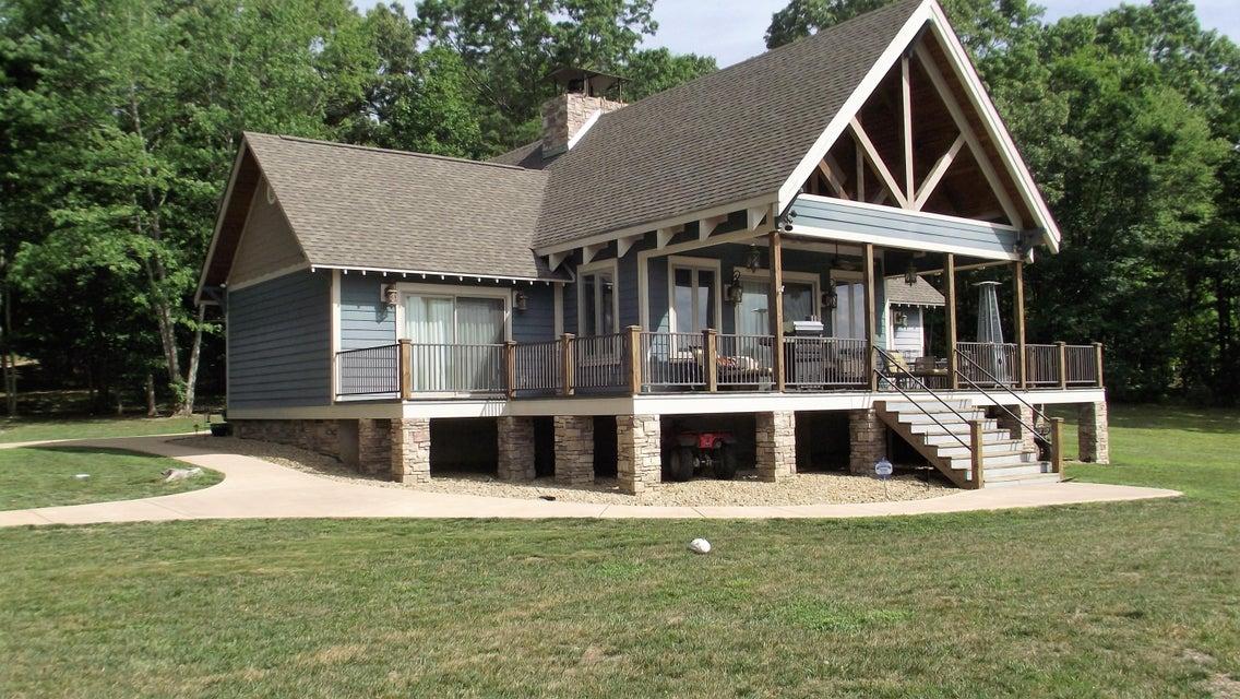 Maison unifamiliale pour l Vente à 222 Scenic Point Graysville, Tennessee 37338 États-Unis