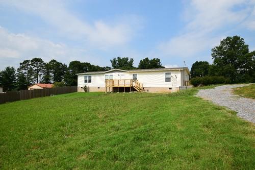 Частный односемейный дом для того Продажа на 330 Mae Mckee Road Chuckey, Теннесси 37641 Соединенные Штаты
