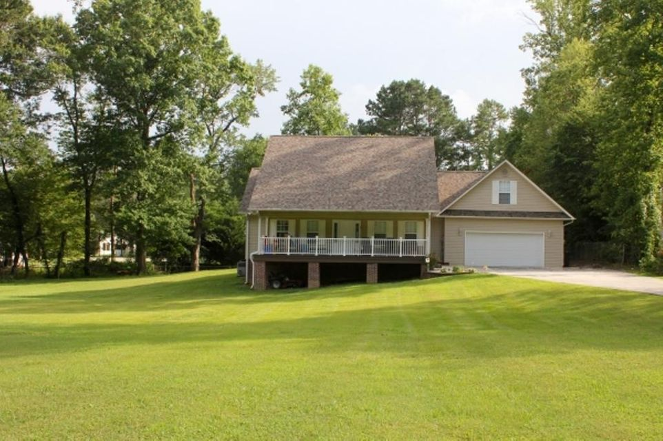 Single Family Home for Sale at 435 Oliver Drive Oliver Springs, Tennessee 37840 United States