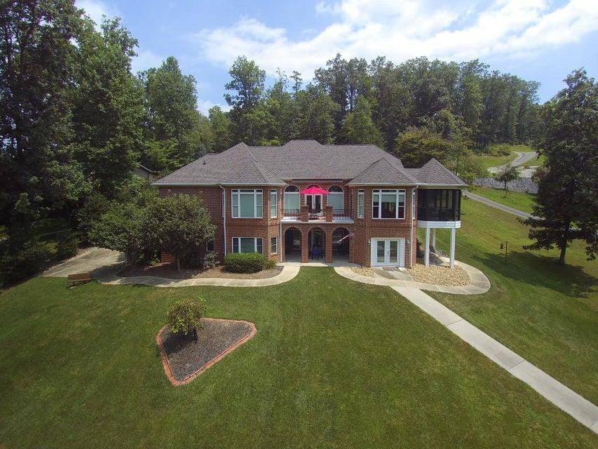 独户住宅 为 销售 在 364 Bluff Trace Jacksboro, 田纳西州 37757 美国
