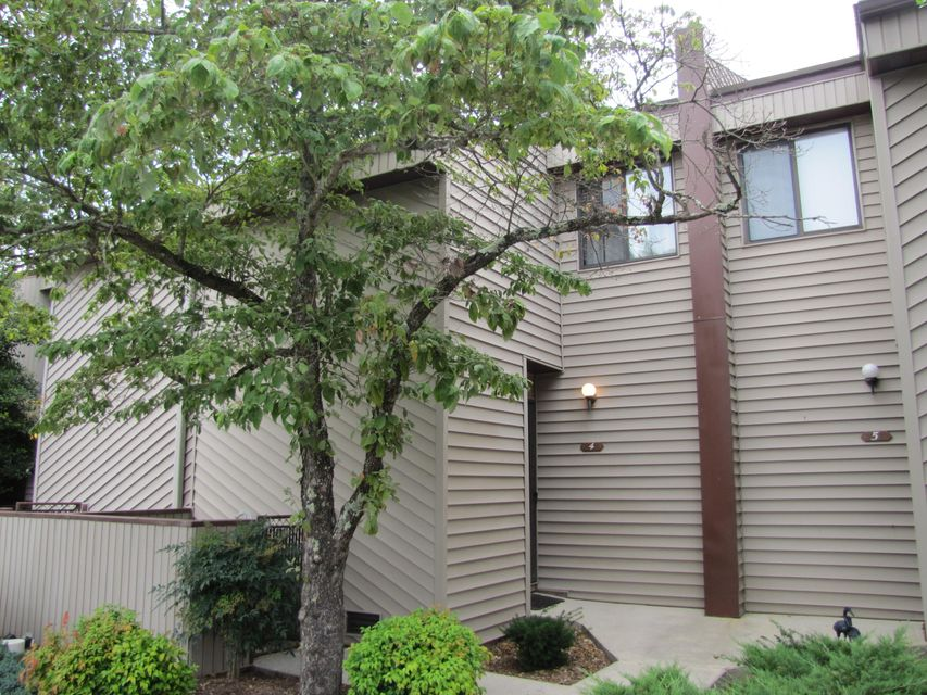 Condominium for Sale at 29#4 Lakeshore Terrace 29#4 Lakeshore Terrace Fairfield Glade, Tennessee 38558 United States