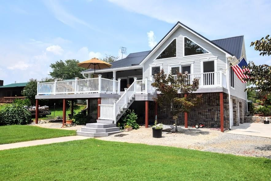 Single Family Home for Sale at 151 Hilleary Circle 151 Hilleary Circle Spring City, Tennessee 37381 United States