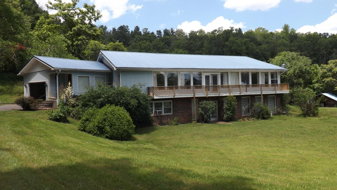 Single Family Home for Sale at 374 Lanes Path Rose Hill, Virginia 24281 United States