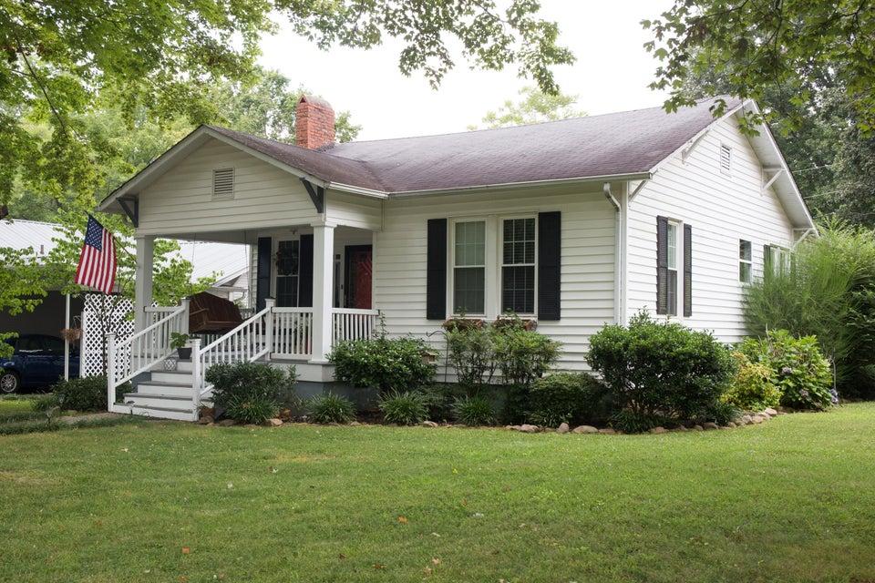 独户住宅 为 销售 在 1304 Pennsylvania Avenuenue Avenue Etowah, 田纳西州 37331 美国