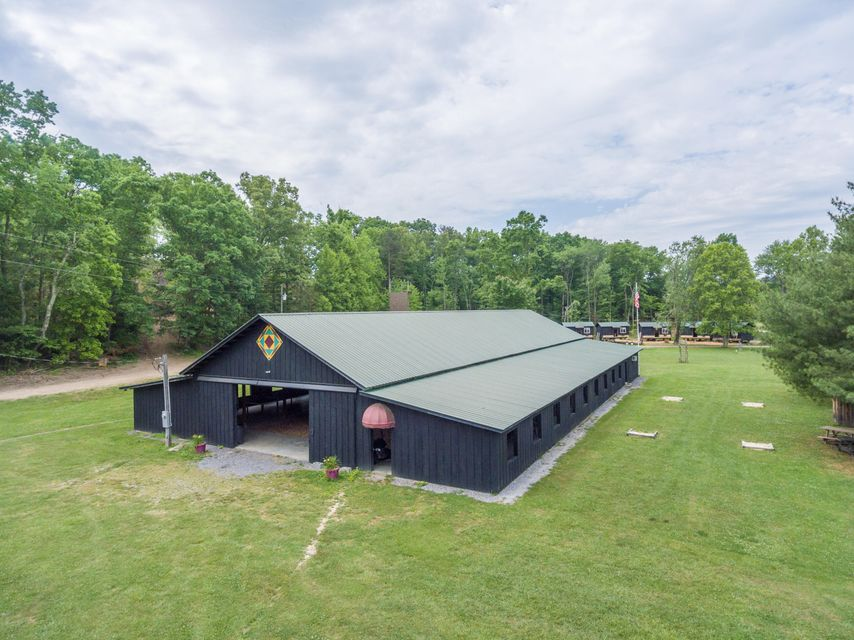 Commercial for Sale at 2528 New Hwy 68 Coker Creek, Tennessee 37314 United States