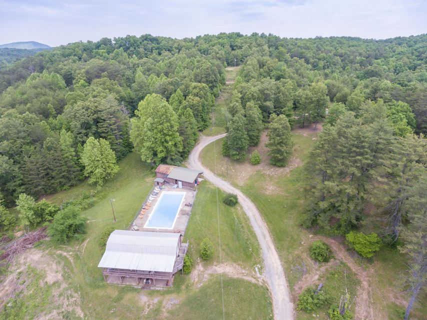 Terreno por un Venta en 2528 New Hwy 68 Coker Creek, Tennessee 37314 Estados Unidos