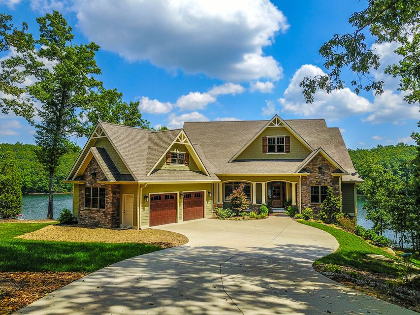 Single Family Home for Sale at 473 Otter Creek Lane Crossville, Tennessee 38571 United States