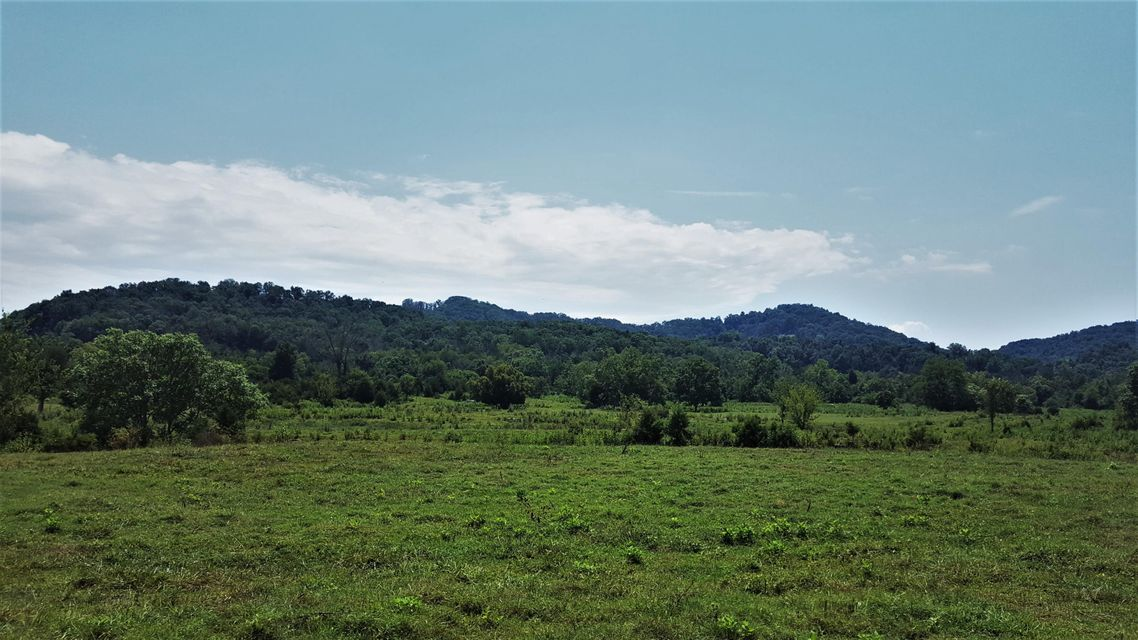 Additional photo for property listing at 2700 S Highway 11 W 2700 S Highway 11 W Rutledge, Tennessee 37861 États-Unis