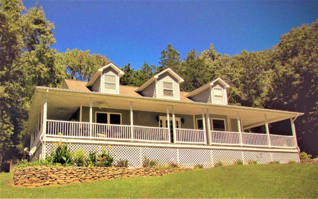 Single Family Home for Sale at 1071 Clarence Gillen Road Sparta, Tennessee 38583 United States