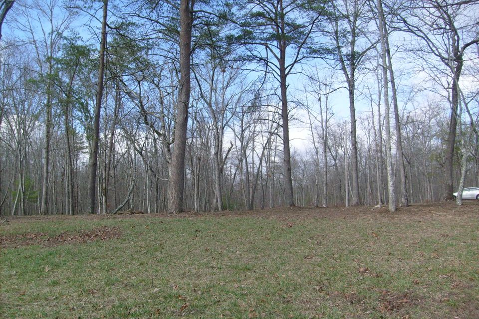 Additional photo for property listing at 8849 Cherokee Tr 8849 Cherokee Tr Crossville, Tennessee 38572 United States
