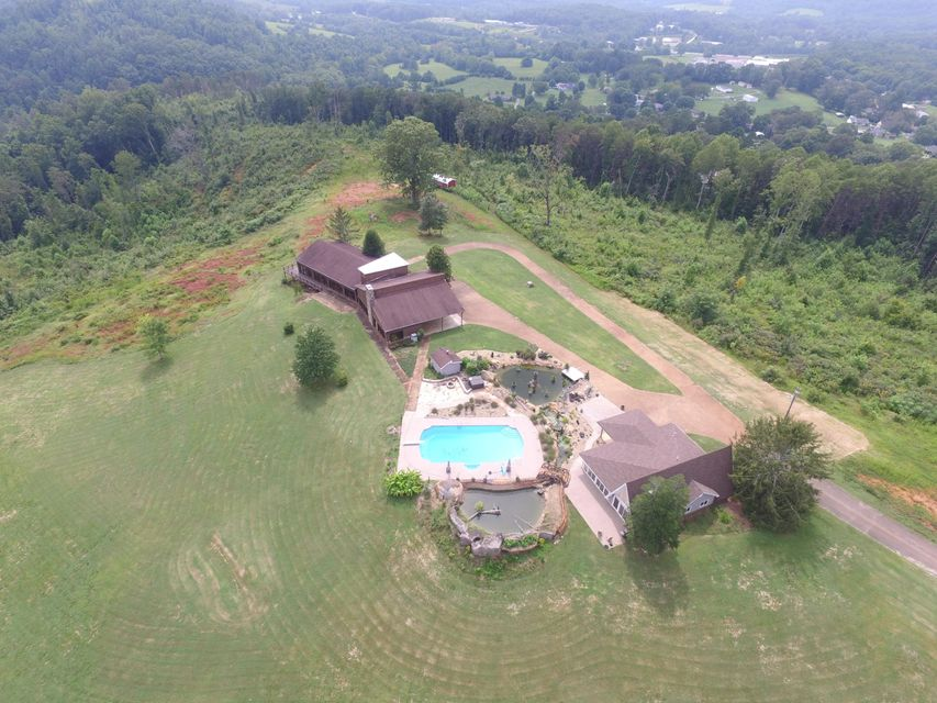 Single Family Home for Sale at 171 County Road 581 171 County Road 581 Athens, Tennessee 37303 United States