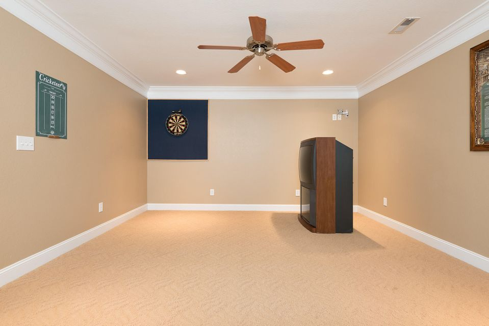 Additional photo for property listing at 261 Waterford Circle 261 Waterford Circle Lenoir City, Tennessee 37772 Estados Unidos