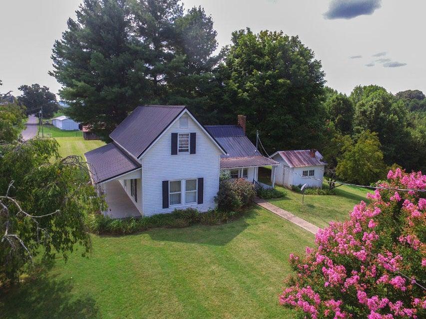Частный односемейный дом для того Продажа на 575 Gfellers Road Chuckey, Теннесси 37641 Соединенные Штаты