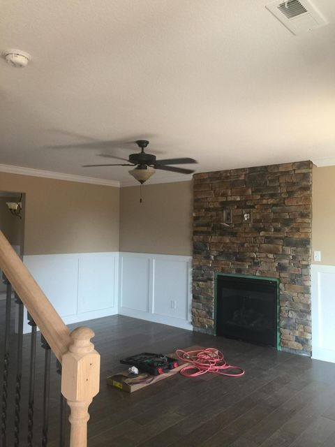 Additional photo for property listing at 221 Montgomery Farms Lane 221 Montgomery Farms Lane Friendsville, Теннесси 37737 Соединенные Штаты