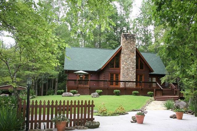 Частный односемейный дом для того Продажа на 433 Apple Tree Lane Cosby, Теннесси 37722 Соединенные Штаты