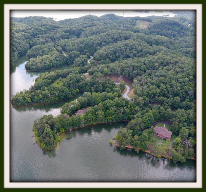 Maison unifamiliale pour l Vente à 1650&1644 Mossy Point Way Dandridge, Tennessee 37725 États-Unis