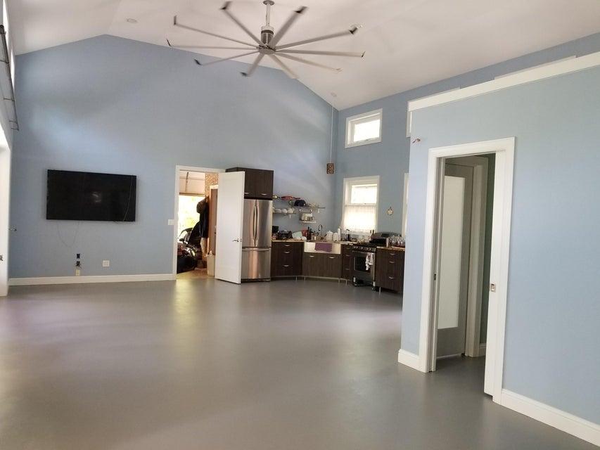 Additional photo for property listing at 473 Mill Creek Road 473 Mill Creek Road Allardt, Теннесси 38504 Соединенные Штаты