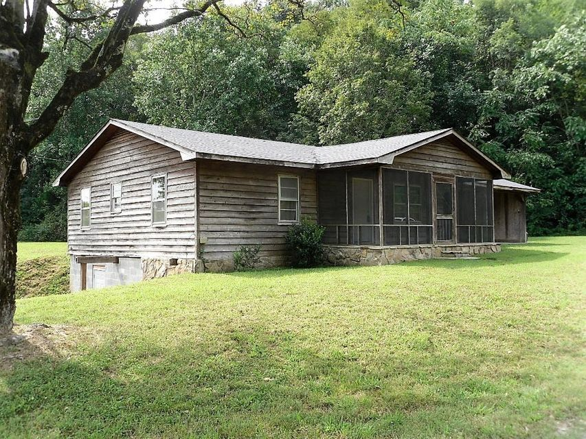 独户住宅 为 销售 在 395 Ob Davis Road 395 Ob Davis Road Delano, 田纳西州 37325 美国