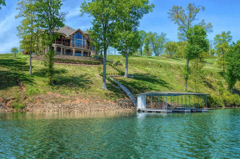 Single Family Home for Sale at 943 Crown Pointe Road 943 Crown Pointe Road Lafollette, Tennessee 37766 United States