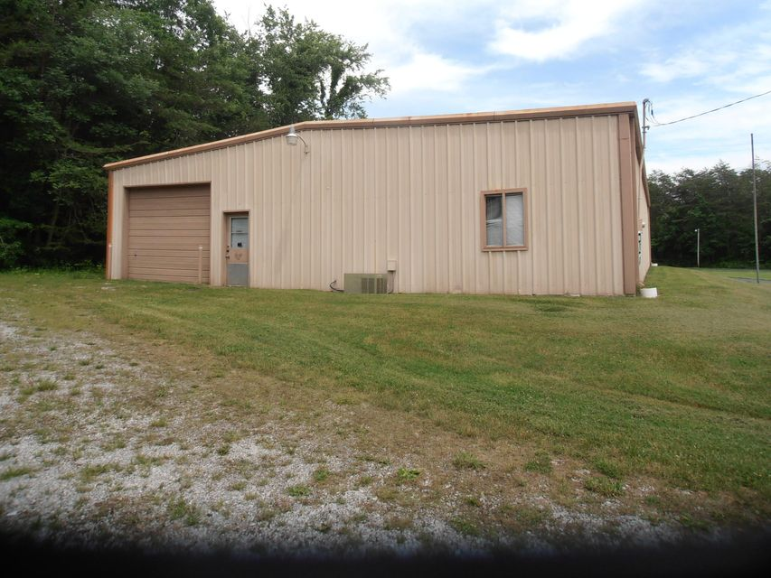 Commercial for Sale at Main Street Crab Orchard, Tennessee 37723 United States
