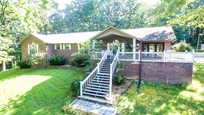 独户住宅 为 销售 在 147 Barrington Place 147 Barrington Place 洛克伍德, 田纳西州 37854 美国