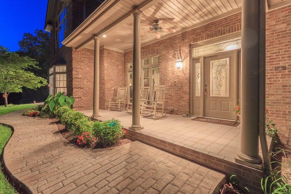 Частный односемейный дом для того Продажа на 403 Lake View Road 403 Lake View Road Caryville, Теннесси 37714 Соединенные Штаты