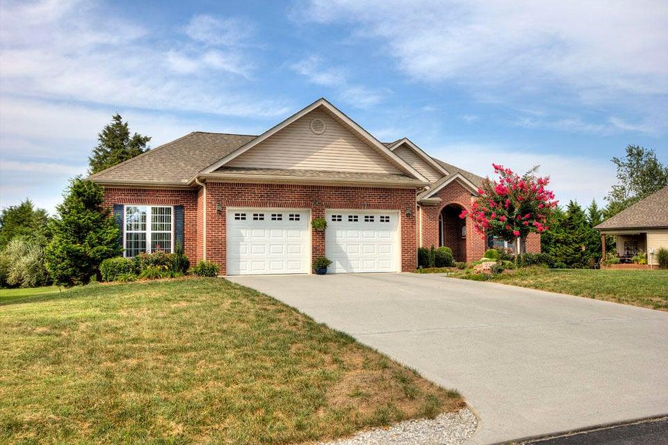 Частный односемейный дом для того Продажа на 222 Tommotley Drive Loudon, Теннесси 37774 Соединенные Штаты