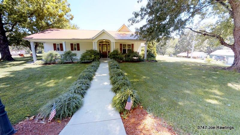 Casa Unifamiliar por un Venta en 3747 Joe Rawlings Road Cookeville, Tennessee 38506 Estados Unidos