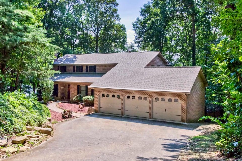 Частный односемейный дом для того Продажа на 120 Tigitsi Lane 120 Tigitsi Lane Loudon, Теннесси 37774 Соединенные Штаты