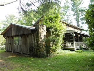 Частный односемейный дом для того Продажа на 5106 Banner Roslin Road 5106 Banner Roslin Road Jamestown, Теннесси 38556 Соединенные Штаты
