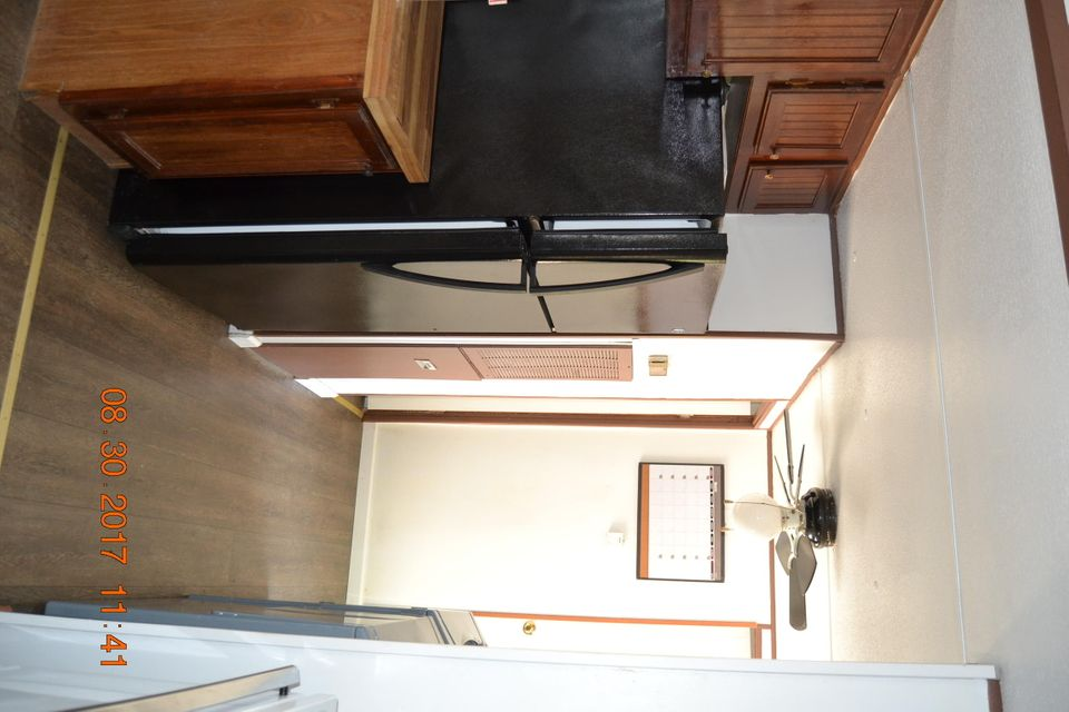 Additional photo for property listing at 565 Highland View Road Road 565 Highland View Road Road Tazewell, Tennessee 37879 États-Unis