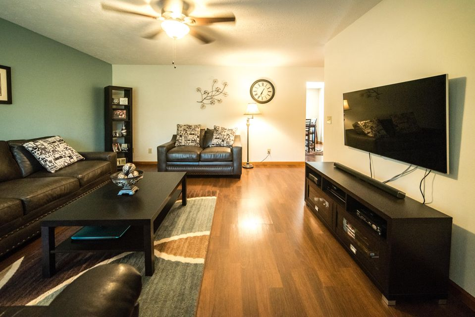 Additional photo for property listing at 113 Mullis Tr 113 Mullis Tr Jacksboro, Tennessee 37757 États-Unis