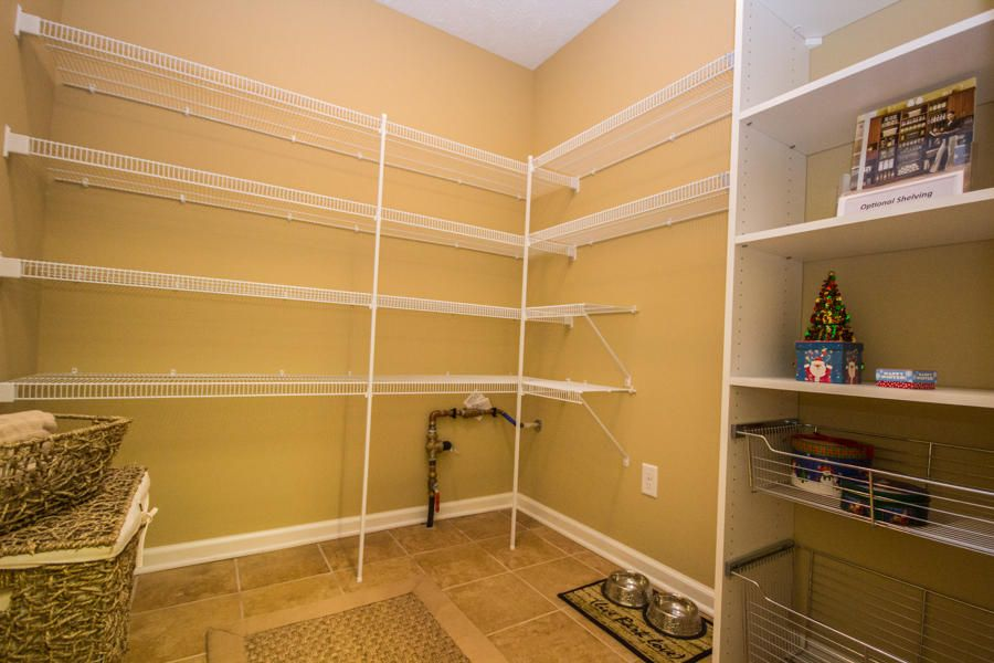 Additional photo for property listing at 926 Pryse Farm Blvd 926 Pryse Farm Blvd Knoxville, Tennessee 37934 États-Unis