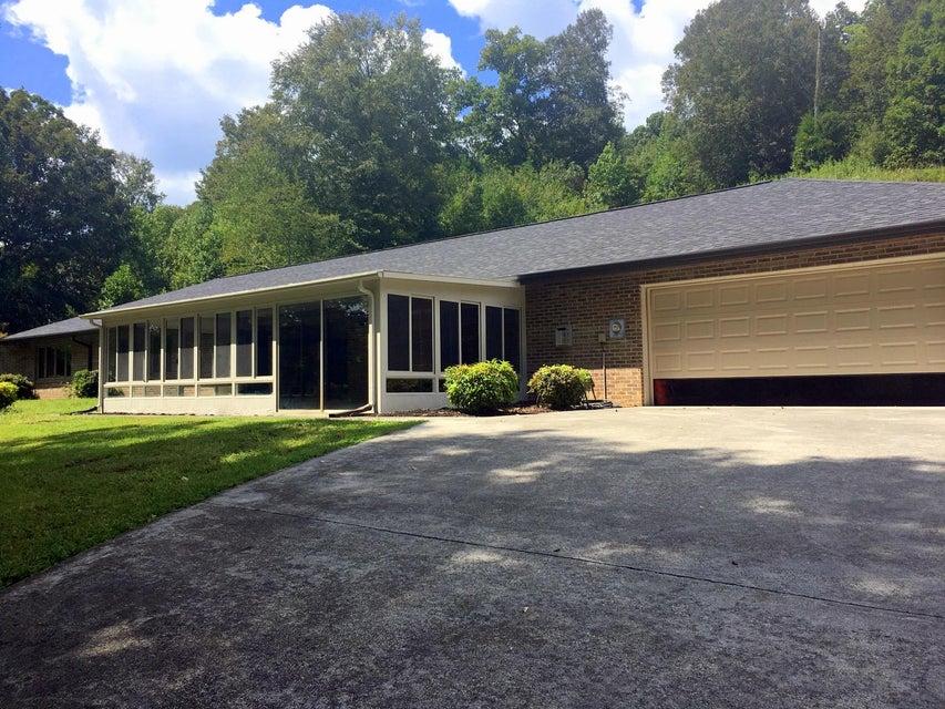 Частный односемейный дом для того Продажа на 375 Hubbard Road 375 Hubbard Road Loudon, Теннесси 37774 Соединенные Штаты
