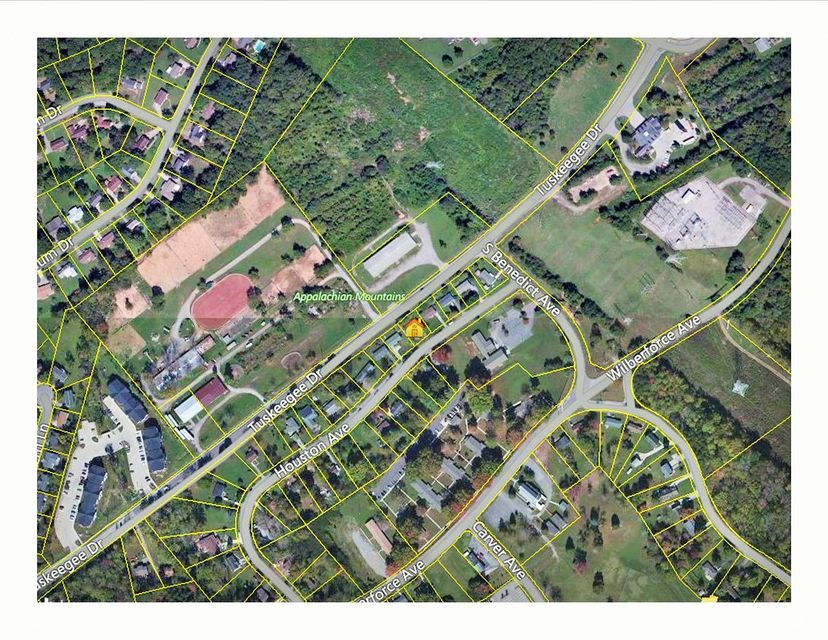 Additional photo for property listing at 134 Houston Avenue 134 Houston Avenue Oak Ridge, 田纳西州 37830 美国