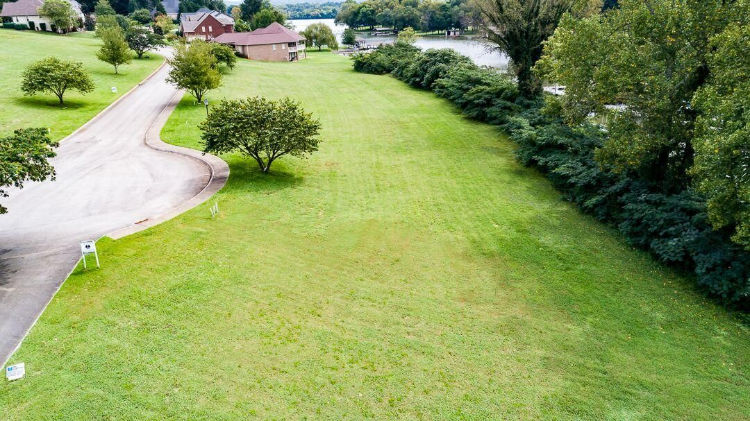 Additional photo for property listing at 3956 Shipwatch Lane 3956 Shipwatch Lane Knoxville, Tennessee 37920 États-Unis
