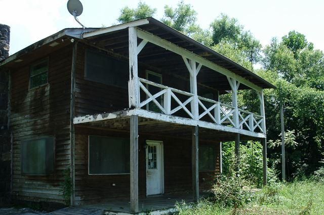 Single Family Home for Sale at 8616 Mahan Gap Road 8616 Mahan Gap Road Ooltewah, Tennessee 37363 United States