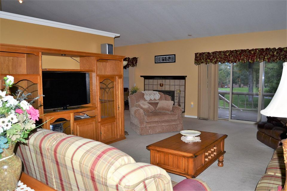 Additional photo for property listing at 3016 Seminole Loop 3016 Seminole Loop Crossville, Tennessee 38572 United States