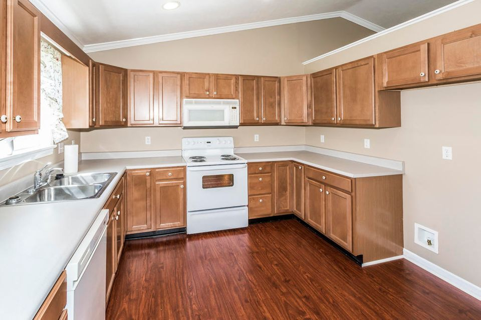 Additional photo for property listing at 1753 Derby Downs Drive 1753 Derby Downs Drive Friendsville, Tennessee 37737 United States