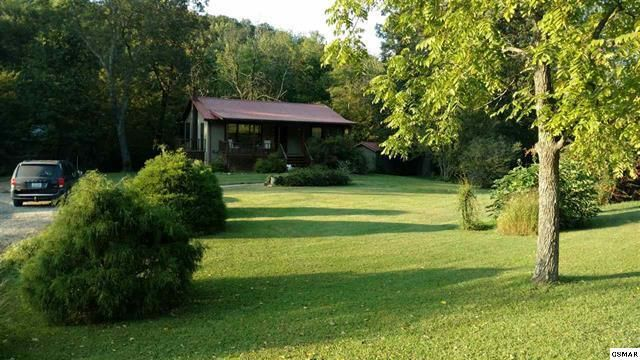 Single Family Home for Sale at 162 Limestone Way 162 Limestone Way Cosby, Tennessee 37722 United States