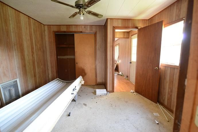 Additional photo for property listing at 210 6th Street 210 6th Street Graysville, Tennessee 37338 États-Unis